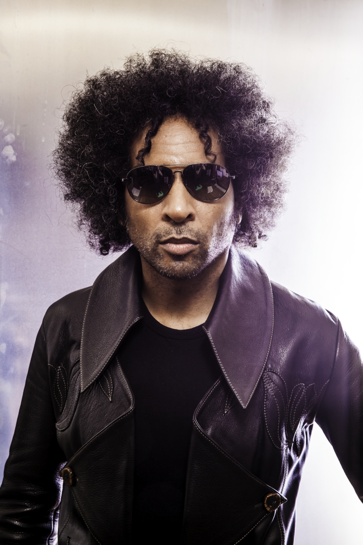 WILLIAM DUVALL / NB! NY DATO KOMMER